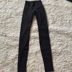 lululemon athletica Pants - Lululemon leggings Wunder wunders